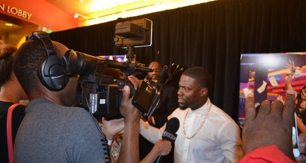 Kevin Hart Red Carpet