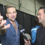 Sean Patrick Flanery with host Richard R. Lee